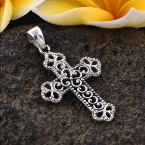Cross Pendant in Sterling Silver (3.52 g)